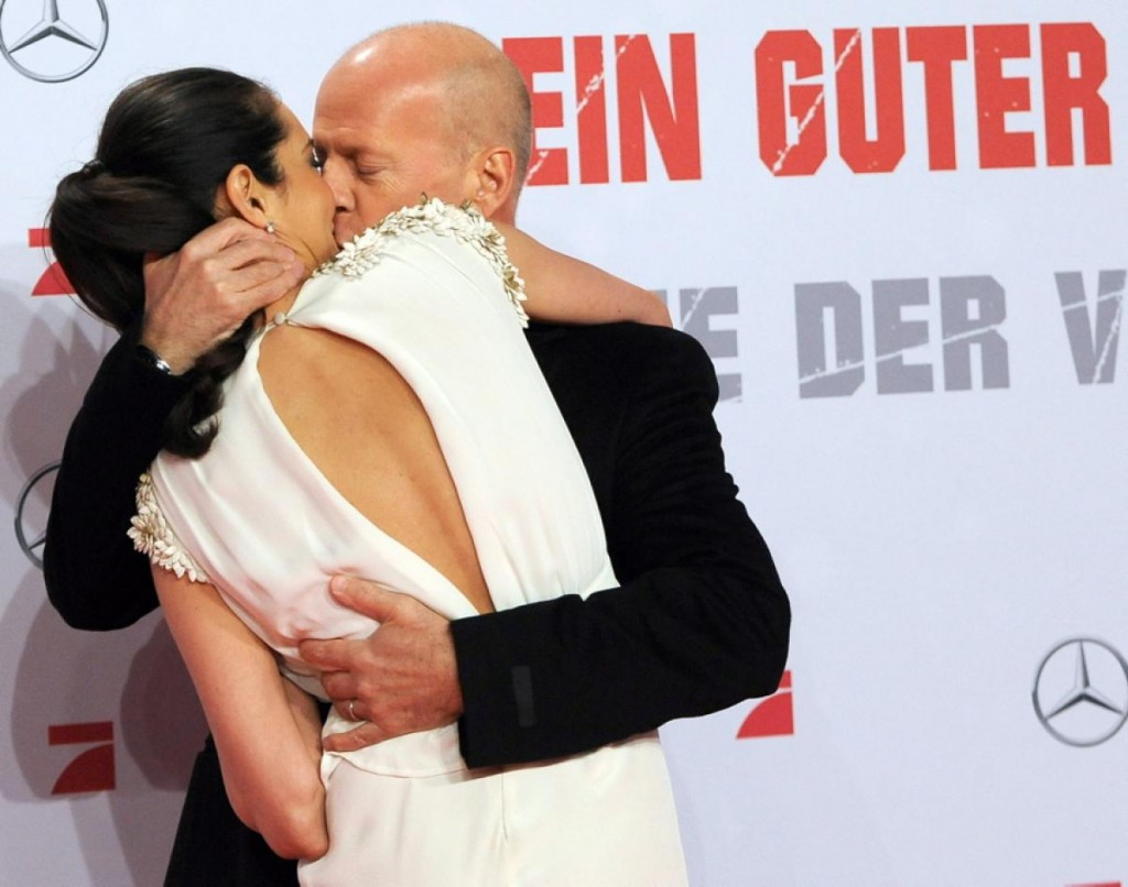 bruce-willis-emma-heming-willis_original